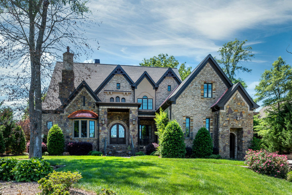 1316 Lookout Circle | $1,100,000 | Sold for 96% of asking price